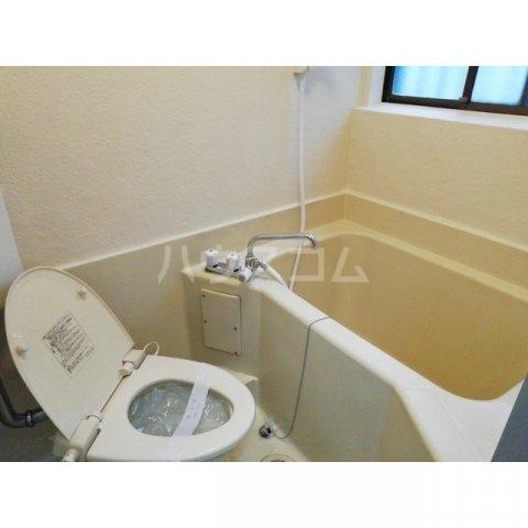 アミティ小手指 00105号室の風呂
