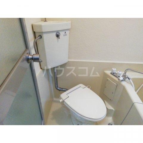 アミティ小手指 00105号室のトイレ