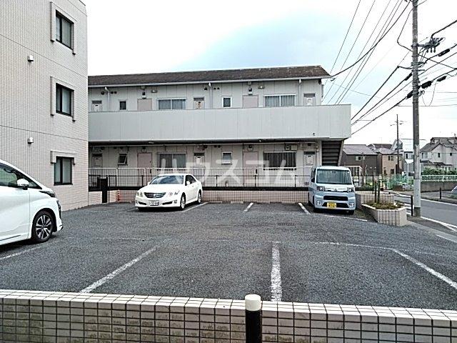 コンフォート・ISHII 105号室の駐車場