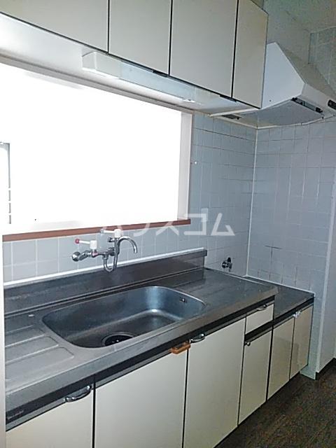 コンフォート・ISHII 105号室のキッチン
