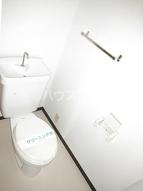 コンフォート・ISHII 105号室のトイレ