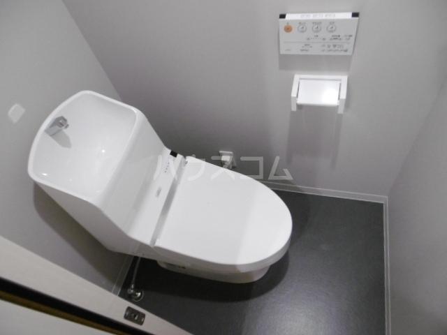 アーバンハウス上本郷 102号室のトイレ