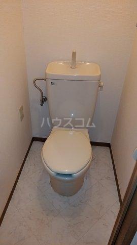 ディアハイツ 102号室のトイレ