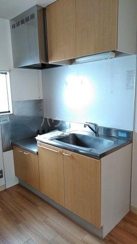 メゾンルミエール 201号室のキッチン