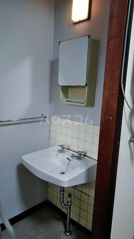 有貴荘 202号室の洗面所