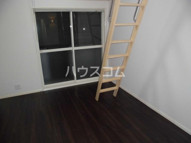 レオパレス鳴海第5 202号室のベッドルーム