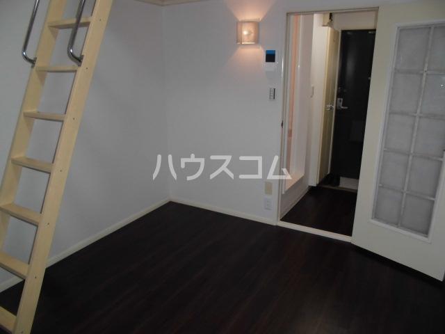 レオパレス鳴海第5 202号室のリビング