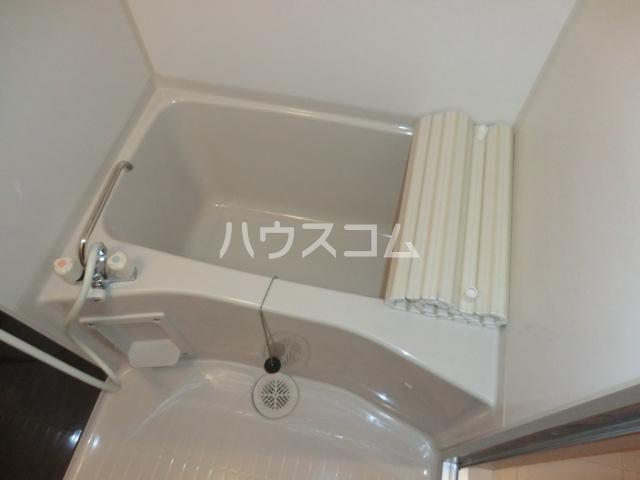 リブリ・オルタンシアⅢ 101号室の風呂