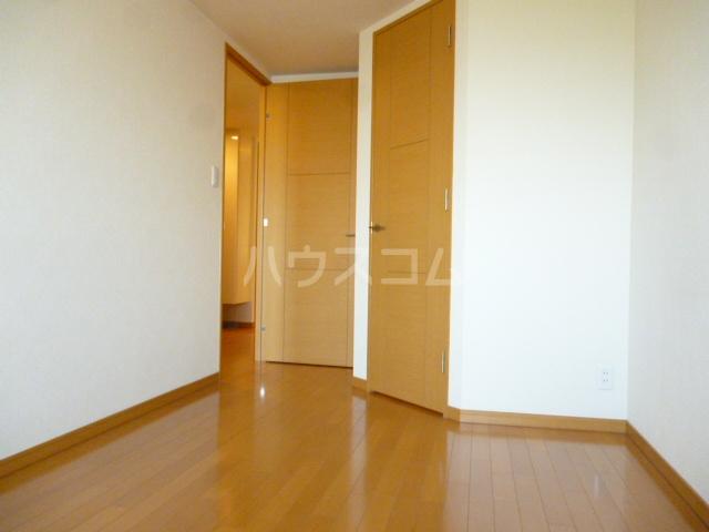 クイーンシティ松戸シーズンズガーデン 504号室の収納