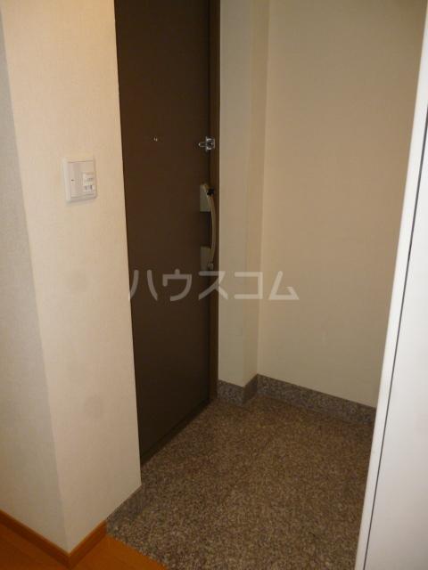 クイーンシティ松戸シーズンズガーデン 504号室の玄関