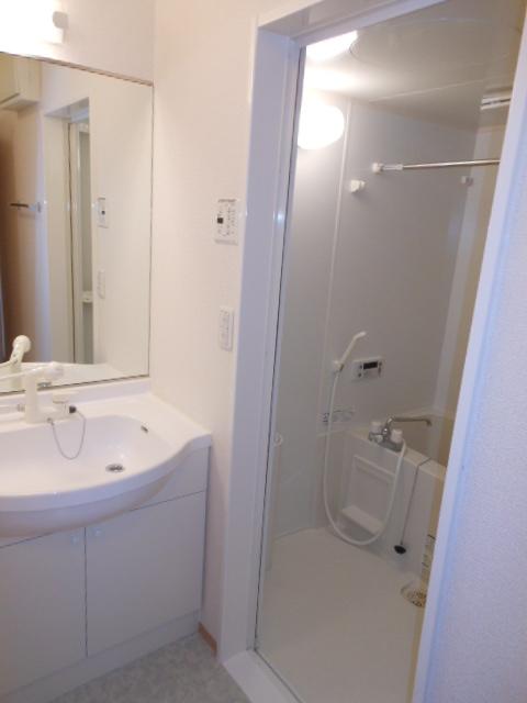 グリーンヒル 112号室の洗面所