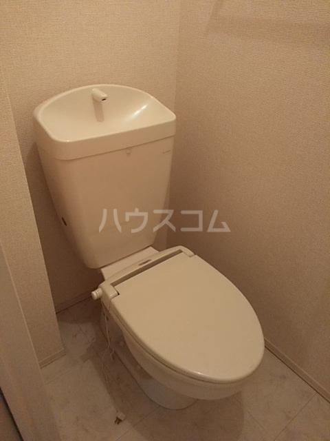 コスモス ブラン 102号室のトイレ