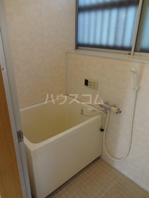ライトハイム 102号室の風呂