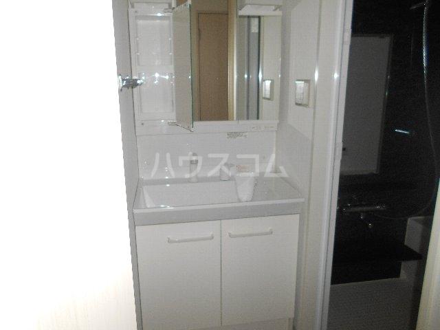 ブルームコート 506号室の洗面所