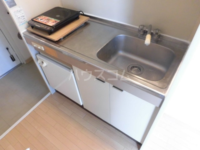 アドバンス国立 208号室のキッチン
