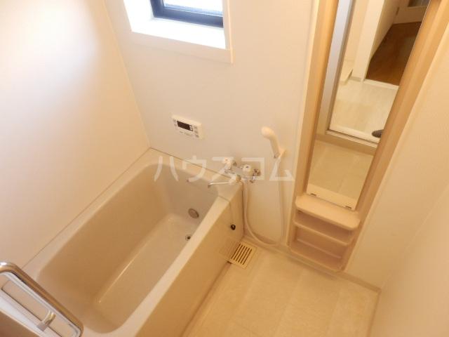 プランタニエール 206号室の風呂