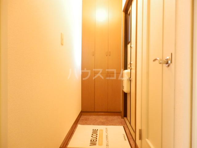 プランタニエール 206号室の収納