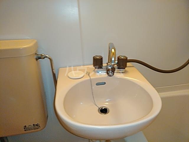 エイト砂川 103号室の洗面所