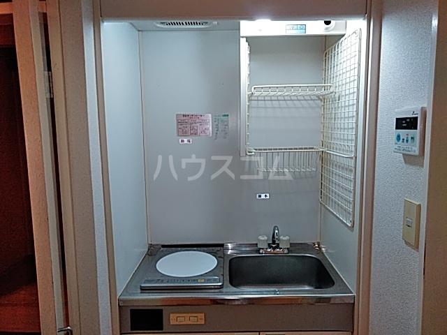エイト砂川 205号室のキッチン