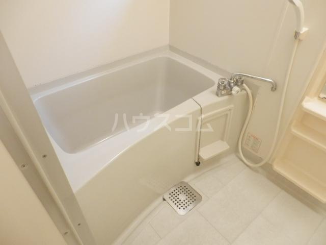 エーデルハイムスズキB 101号室の風呂