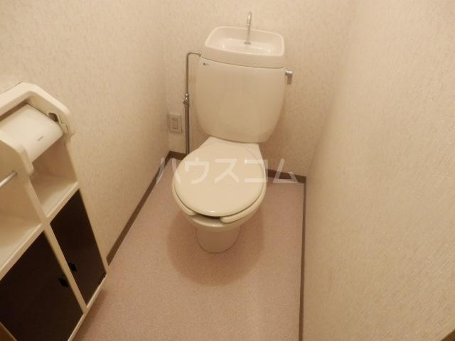 エーデルハイムスズキB 101号室のトイレ
