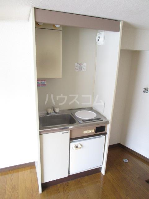 スカイハイツ東元町 202号室のキッチン