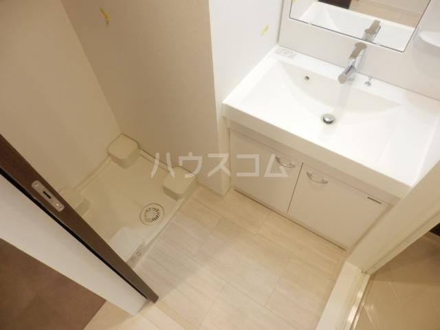 ベルヴュコート立川 405号室の洗面所