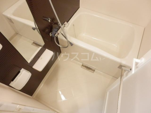 ベルヴュコート立川 405号室の風呂