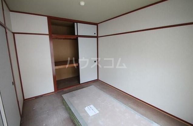 フラット田中 107号室の居室