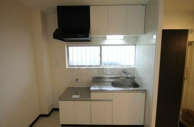 フラット田中 107号室のキッチン