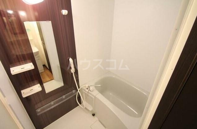 フラット田中 107号室の風呂