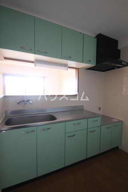 サンモールMARUHARA 107号室のキッチン
