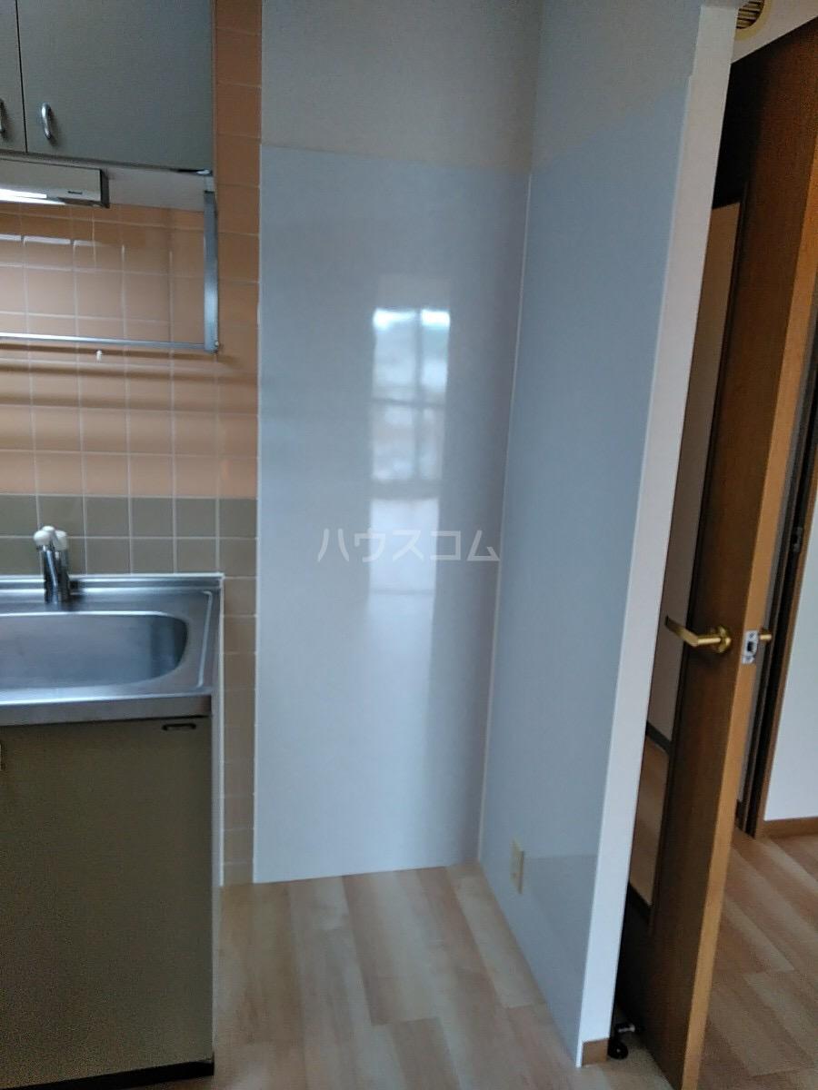 エトワール日野 305号室のキッチン