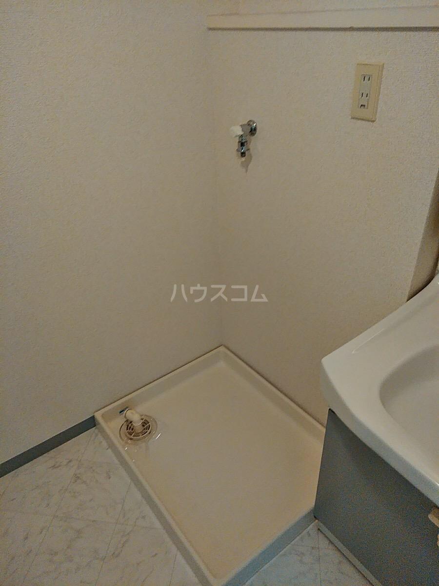 エトワール日野 305号室の洗面所