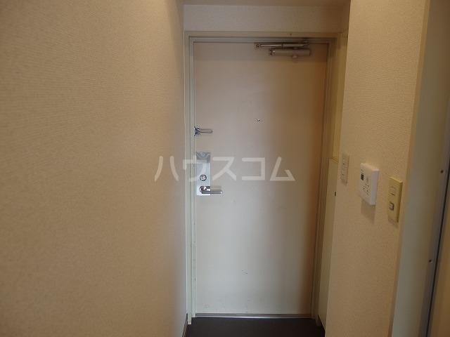 インディビレッジ 1002号室の玄関