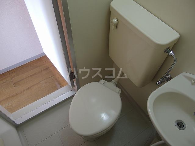 インディビレッジ 1002号室のトイレ