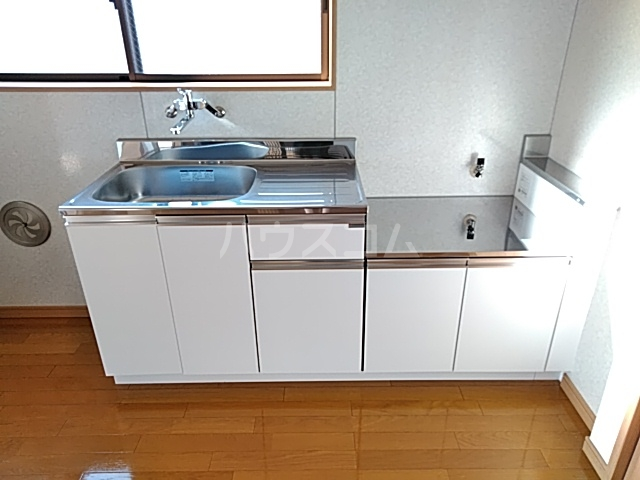 メゾンボヌール 202号室のキッチン