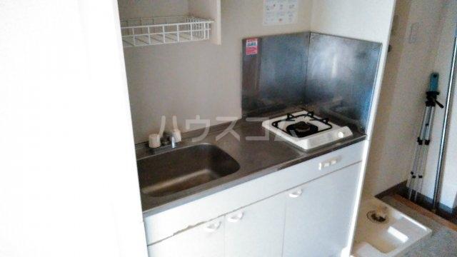メロウハウス 301号室のキッチン