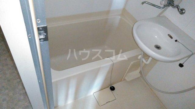 メロウハウス 301号室の風呂