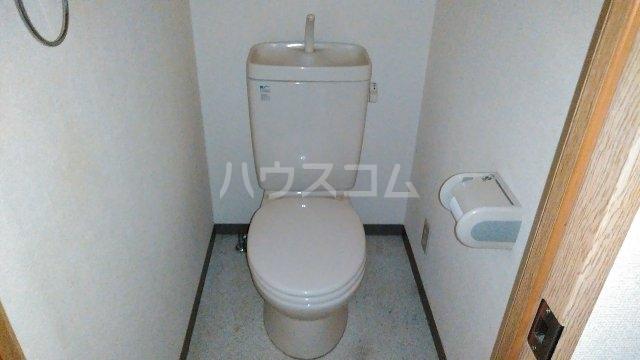 メロウハウス 301号室のトイレ