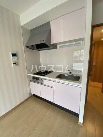 メゾン・ド・フォー・ユー 103号室のキッチン