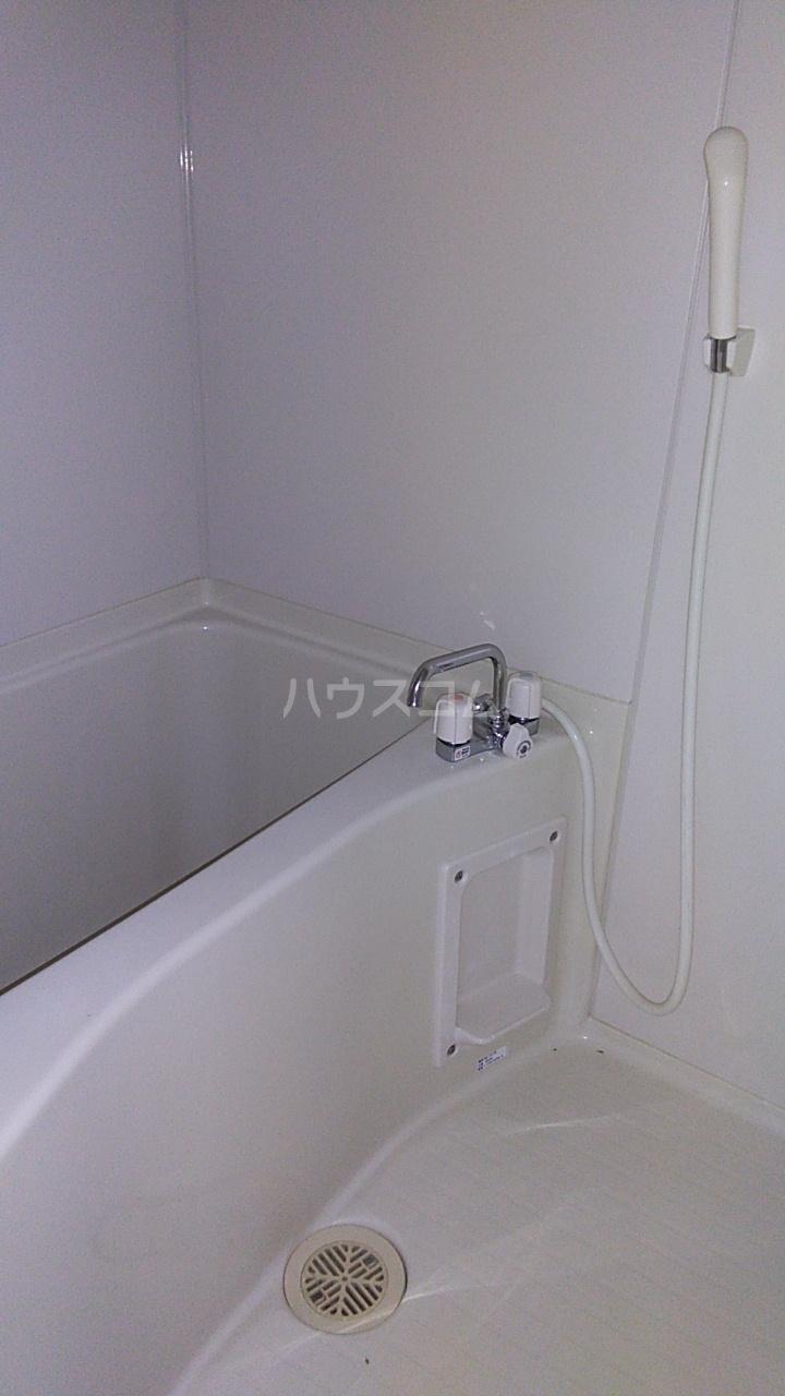 近藤ビル 302号室の風呂