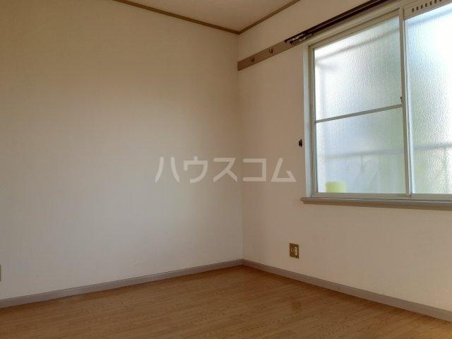 ラビアン8号館 201号室の収納