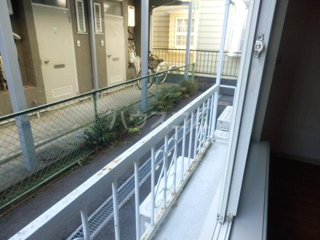 ラビアン6号館 103号室のバルコニー