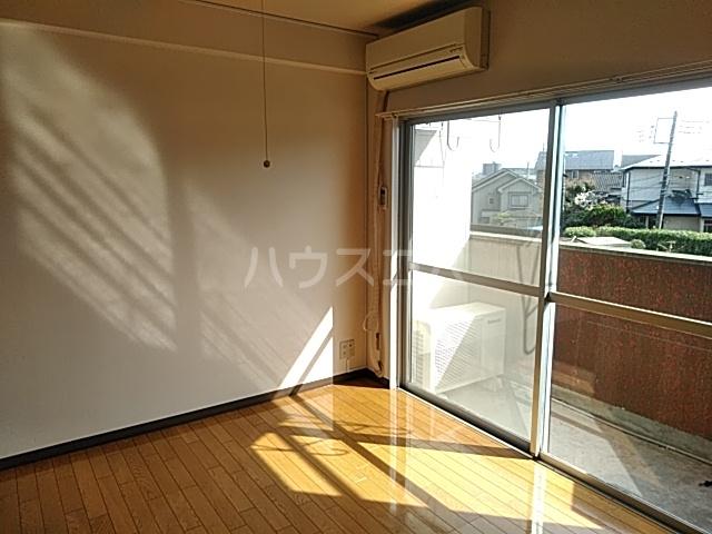 松原ハイツ 207号室のリビング