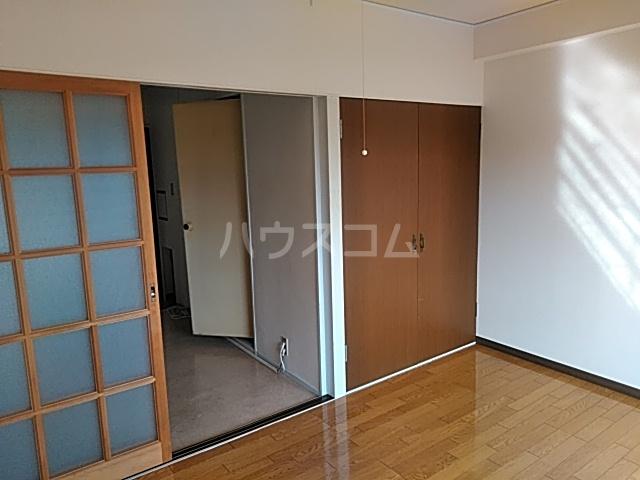 松原ハイツ 207号室のベッドルーム